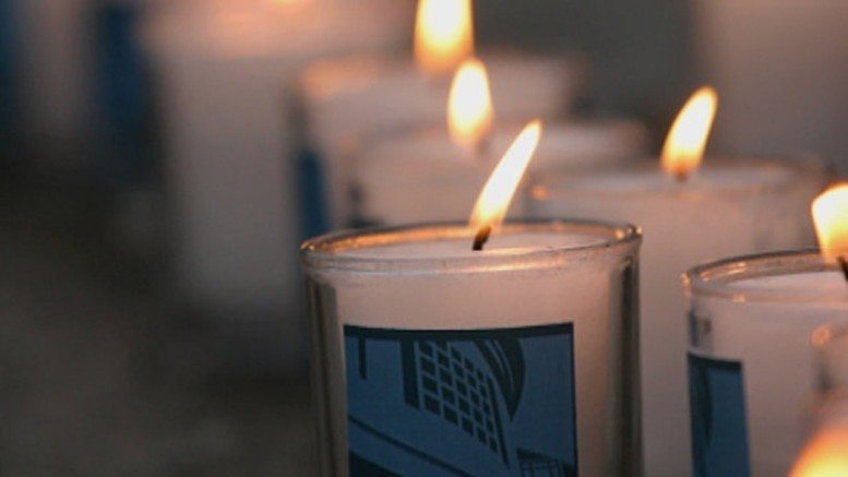remember-holocaust-candle.jpg